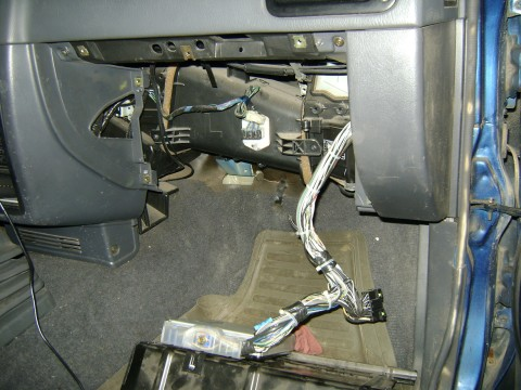 Dsc X furthermore Imag Zps Nkwk Ih additionally Coolant Expansion Tank together with Lurnv together with How To Replace An Evaporator Temperature Sensor The Evap Temperature Sensor Located Near The Floorboard Of The Driver Side. on 2001 toyota camry ac expansion valve location
